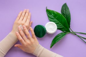 How to Get Soft Hands Naturally at Home