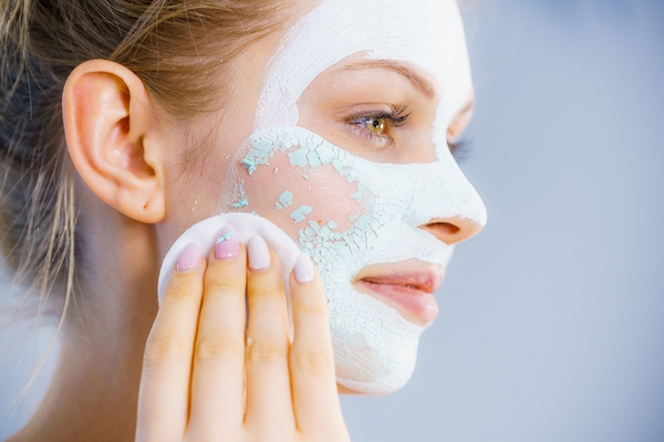 6 Warning Signs of Over Exfoliated Skin
