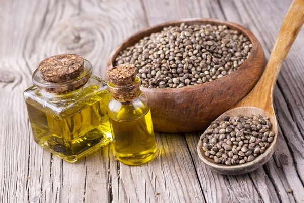 Hemp seed oil is a great treatment for clogged pores on forehead, cheeks, and nose.
