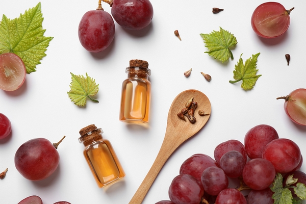 Resveratrol is a good remedy to remove deep forehead wrinkles.