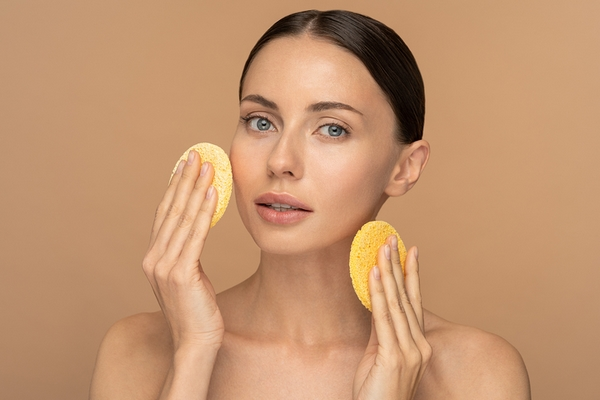 Benefit #1: Exfoliating improves your skin's texture.