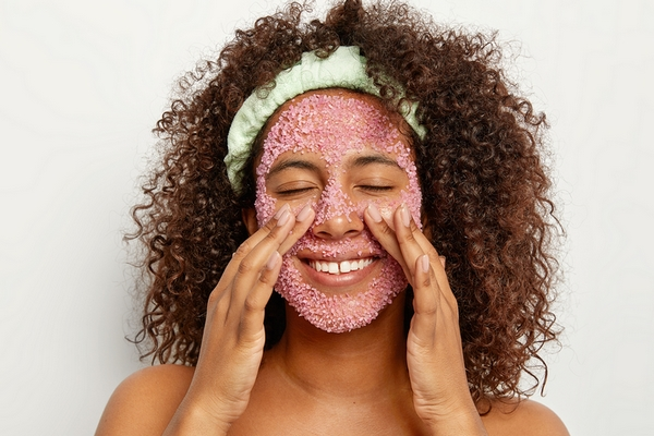 Benefit #3: Exfoliating prevents the formation of wrinkles.