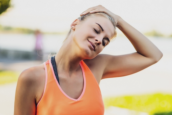 Get rid of neck fat with diets & exercises