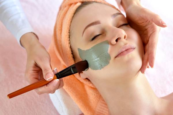 What to Do Before and After Getting a Facial